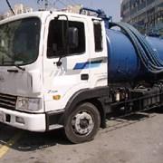 Услуги  ассенизаторской  машины Hyundai 4 м3 фото