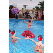 Открытый бассейн в гостинице фото
