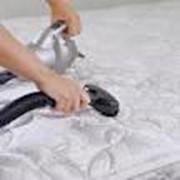 Услуги чистки мягкой мебели фото