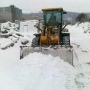 УСЛУГИ ЭКСКАВАТОРА ПОГРУЗЧИКА.Уборка снега,копка. фото