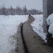 Разбивка участка под озеленение. Копка траншей. фото