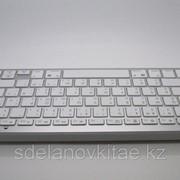 Русскоязычная беспроводная клавиатура для ПК Macbook Mac IPad 2 iphone Bluetooth версии 3.0 белый фото