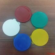 Крышки полиэтиленовые цветные фото