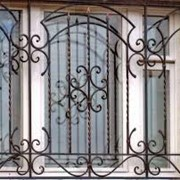 Решетки на окна металлические фото