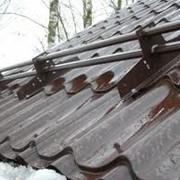 Установка снегозадержателей на крыше дома Макеевка , Донецк , Харцызск фото