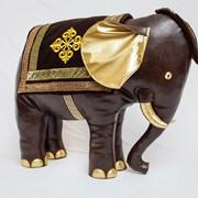 Интерьерный коричневый Слон фото