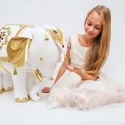Интерьерный белоснежный Слон фото