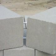 Блок фундаментный строительный 40х20х20 фото