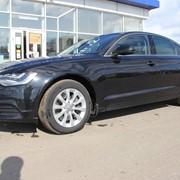 Автомобиль Audi A6 фото