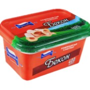 Плавленый сыр в пластиковом контейнере К завтраку со вкусом бекона фото