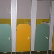 Туалетные перегородки для детского сада фото