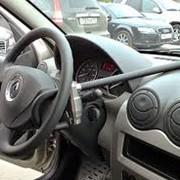Установка автомобильных механических блокираторов фото