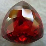 Корунд рубиновый фото