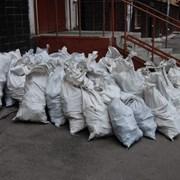 вывоз строительного мусора в мешках т 464221 фото