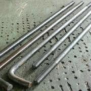 Болты фундаментные, фундаментные плиты и шайбы, шпильки, хомуты для крепления труб, закладные детали.