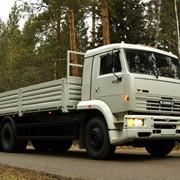 Перегон товарных грузовых автомобилей и автобусов фото