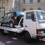 Эвакуация легковых автомобилей и джипов фото