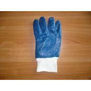 Перчатки нитриловые манжет трикотажный полный облив. фото