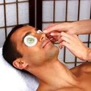 Восстановление и лифтинг зоны вокруг глаз для мужчин фото