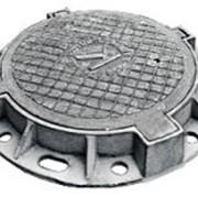 Люк чугунный тяжелый Т (С250)-7-60 с шарниром фото