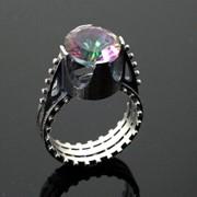 Серебряное кольцо с мистик топазом от WickerRing фото