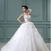 Пышное свадебное платье коллекции 2013 года фото
