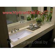 Столешница в ванную комнату с влитой мойкой из искусственного камня, цвет 506 фото