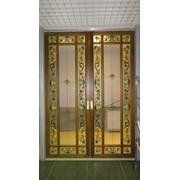 Дверь раздвижная с художественным витражом фото