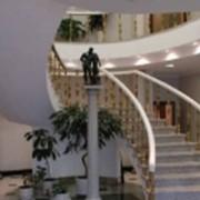 Лестницы из мрамора и гранита. фото