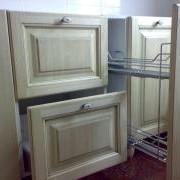 Мебель кухонная из массива фото