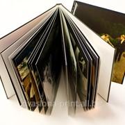 Фотокниги мягкий переплет на скрепке. Размер А4 в сложении, обложка с ламинацией (32 мкм), мягкий переплет на скрепке. Бумага внутри 300 гр фото