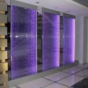 Водно-пузырьковые панели,колонны Водопады по стеклу/зеркалу/камню фото
