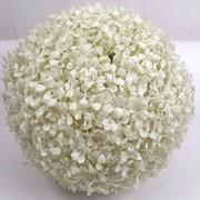 Искусственный самшит шар белый, d 28 см фото