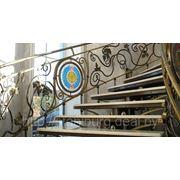 Лестница кованая, металлическая. фото