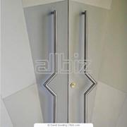 Двери из алюминиевого профиля фото