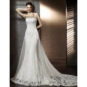 Свадебное платье с подолом фото