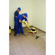 Механическая чистка линолеума в Киеве от 4 грн/кв.м. фото