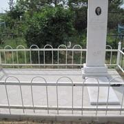 Памятник мраморный с металлической оградой. Установка памятников по Кустанайской обл фото