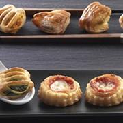 Закуска из слоеного теста Salatine assortiti фото