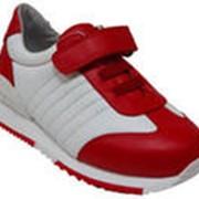Спортивная детская обувь фото