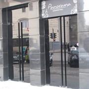 Цельностеклянные двери по индивидуальному заказу фото