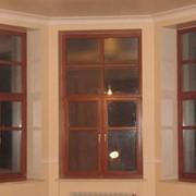 Изготовление столярных изделий под заказ. изготовление деревянных окон и дверей. фото