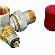 Радиаторный терморегулятор угловой, трехосевая версия, левое исполнение,никелированный 15 Арт. 013G0234 фото