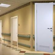 Двери для медицинских учреждений фото