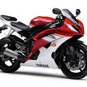Мотоцикл гоночный Yamaha YZF-R6 фото