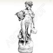 Скульптуры садово-парковые: Женщина с корзинкой Арт. №253 фото