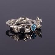 """Серебряное кольцо с топазом """"Мое сердце в твоих руках"""" от Wickerring фото"""
