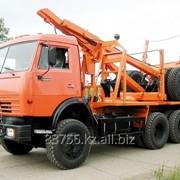 Лесовоз КАМАЗ 43118 с системой самопогрузки прицепа-роспуска фото