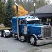 Автомобили седельные тягачи, запасные части на американские грузовики фото