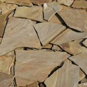 Песчаник различных размеров и толщины фото